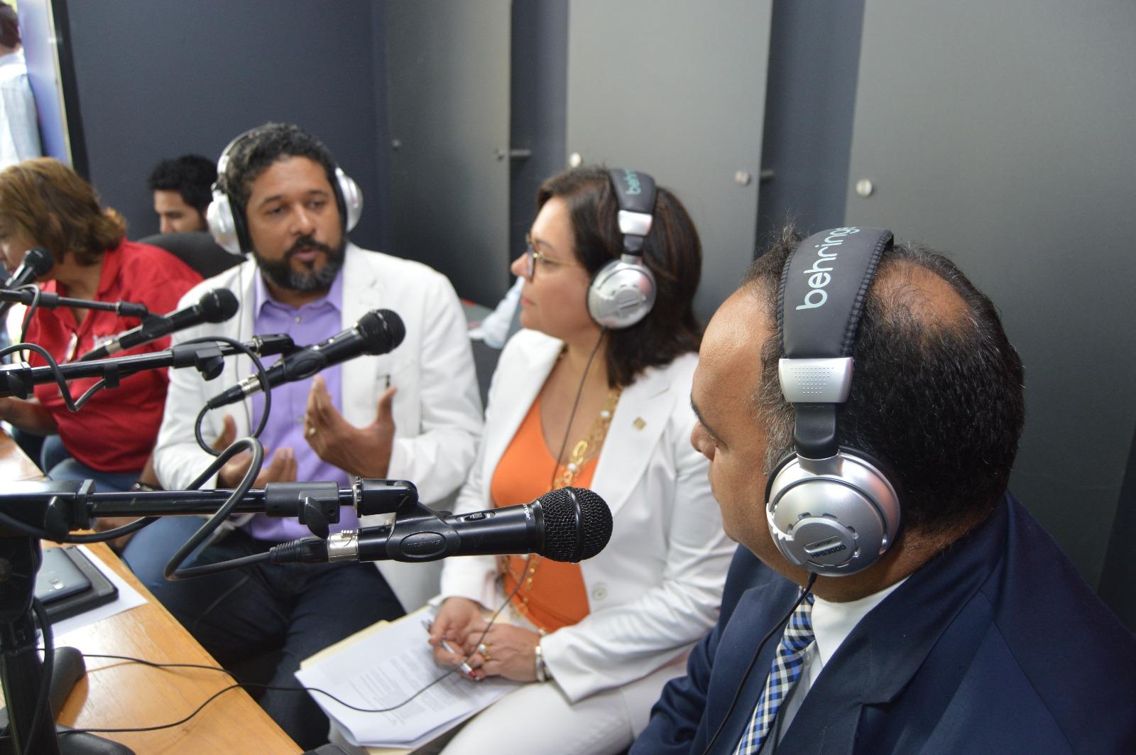 Entrevista con Osvaldo Larancuent, Fabiola Herrera y Ennio López